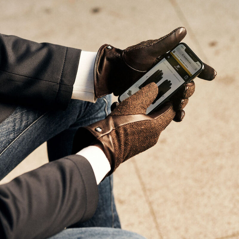 Brown gloves for men