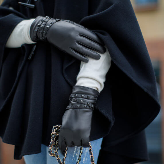 Black gloves with studs